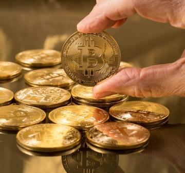 pénz bitcoinokat adjon vissza)