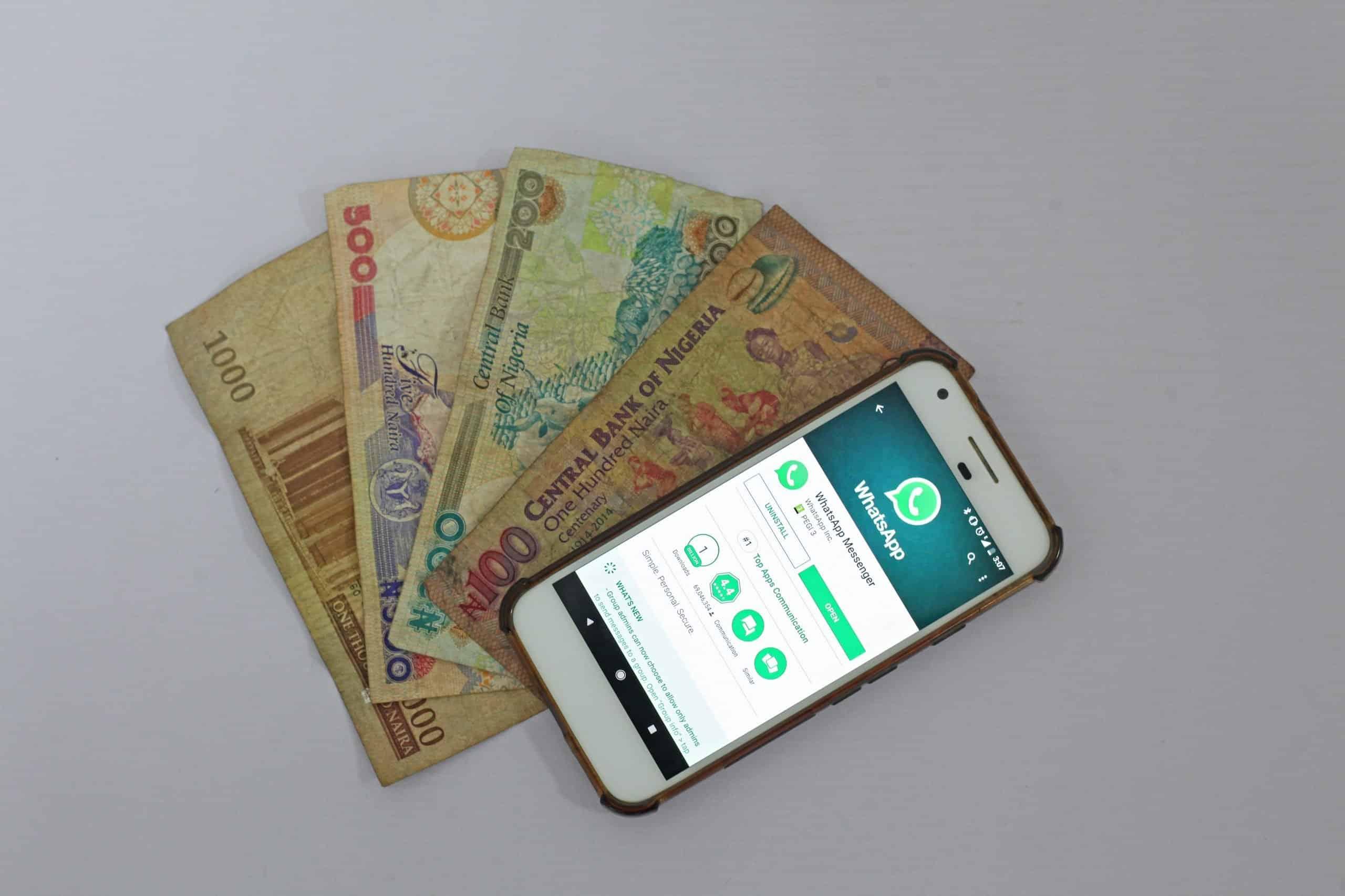 kereskedéssel lehet pénzt keresni rajta)