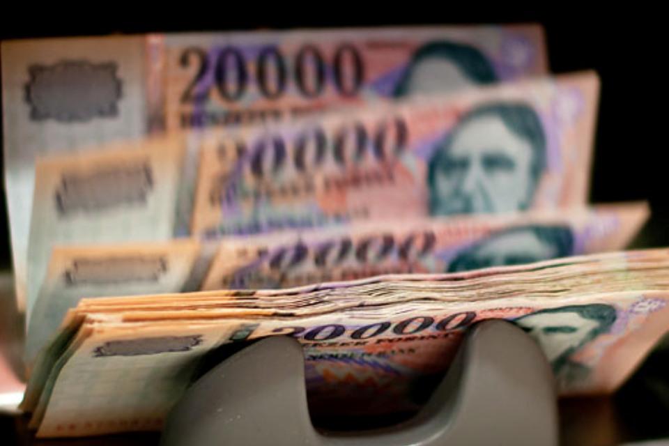pénzt keresni, mint)