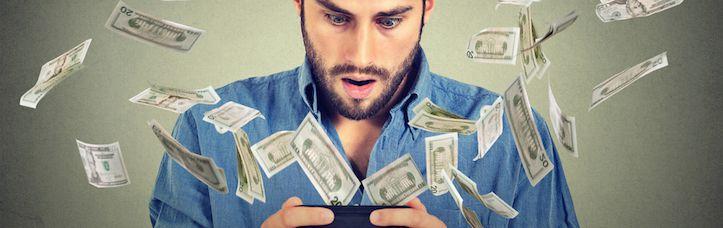 pénzt keresett valaki online)