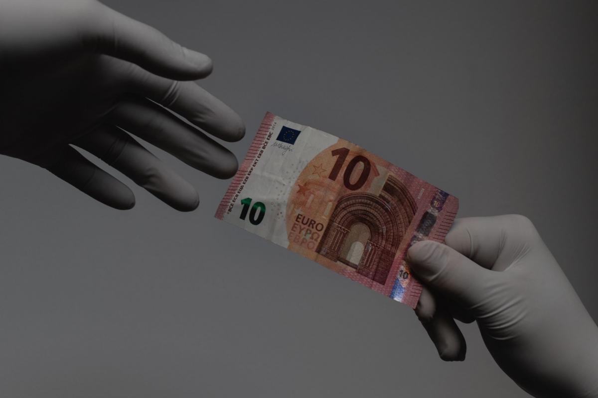 pénz hogyan lehet hallgatót csinálni)