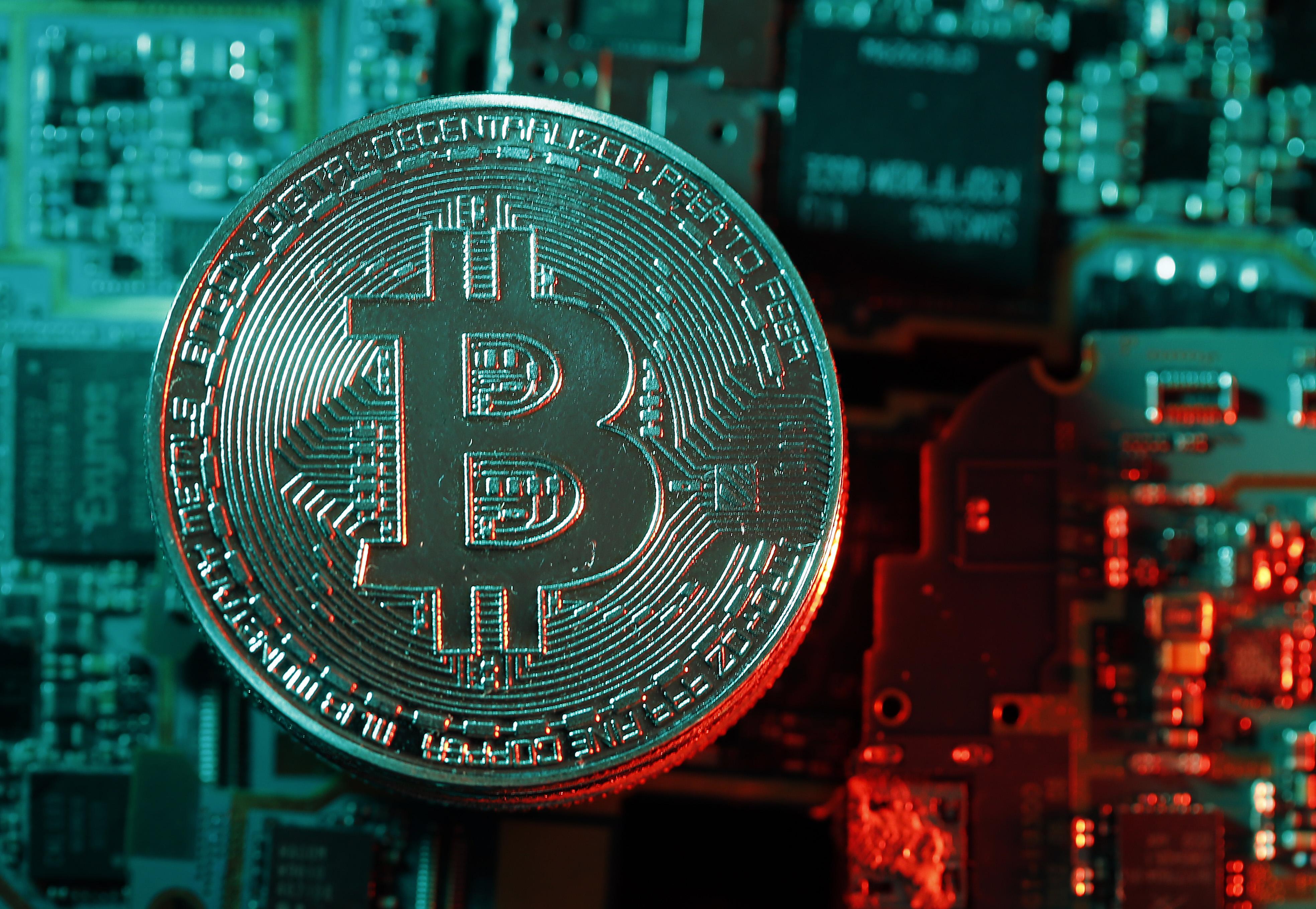 bitcoin sokat)