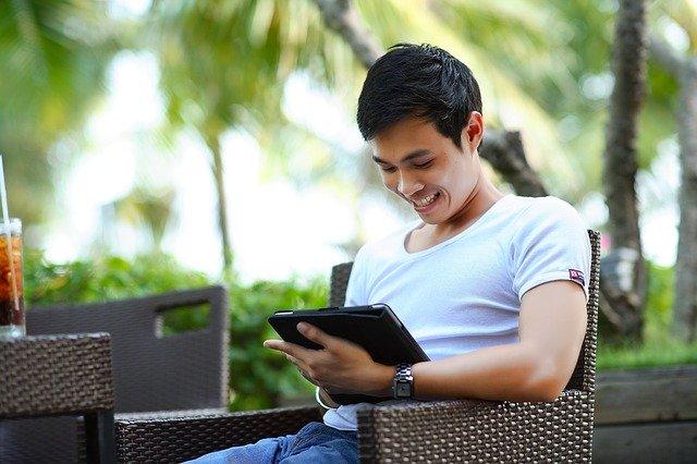 legális törekvés a pénzkeresésre az interneten