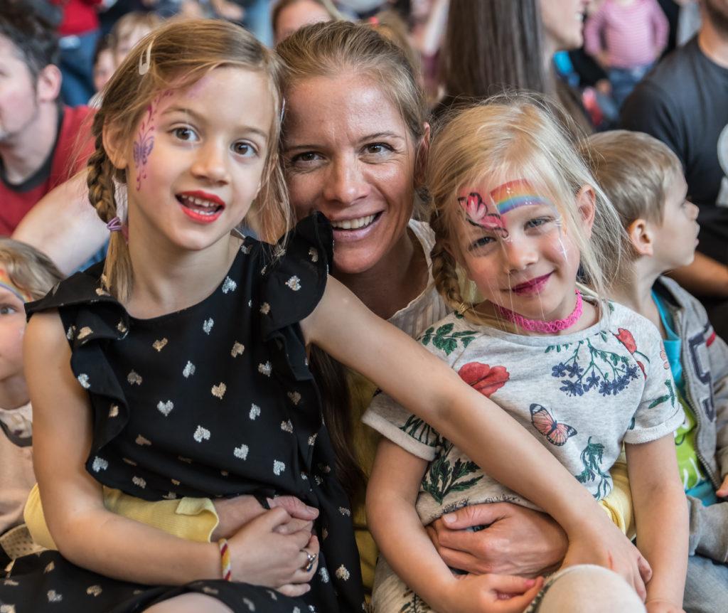 kereset az interneten a fiatal anyák számára