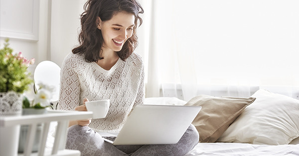 otthonról dolgozni az interneten keresztül befektetés nélkül