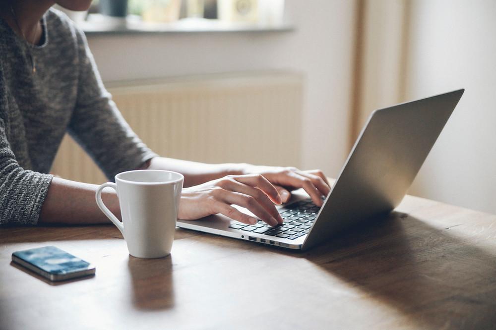 reális otthon dolgozni és keresni