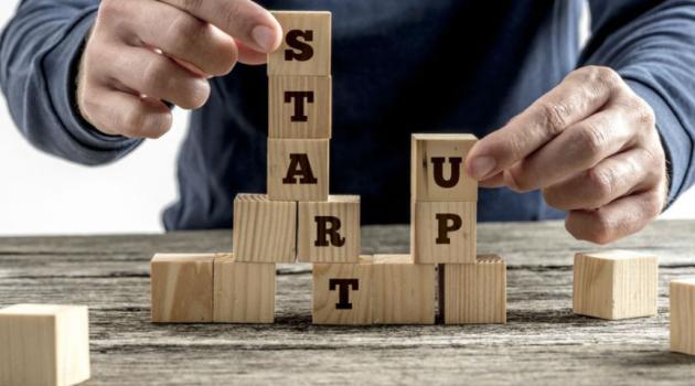 a startupok pénzt keresnek)